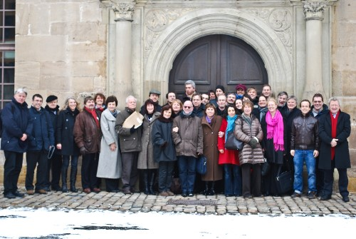 Members of the GOETE project in front of Tuebingen Castle